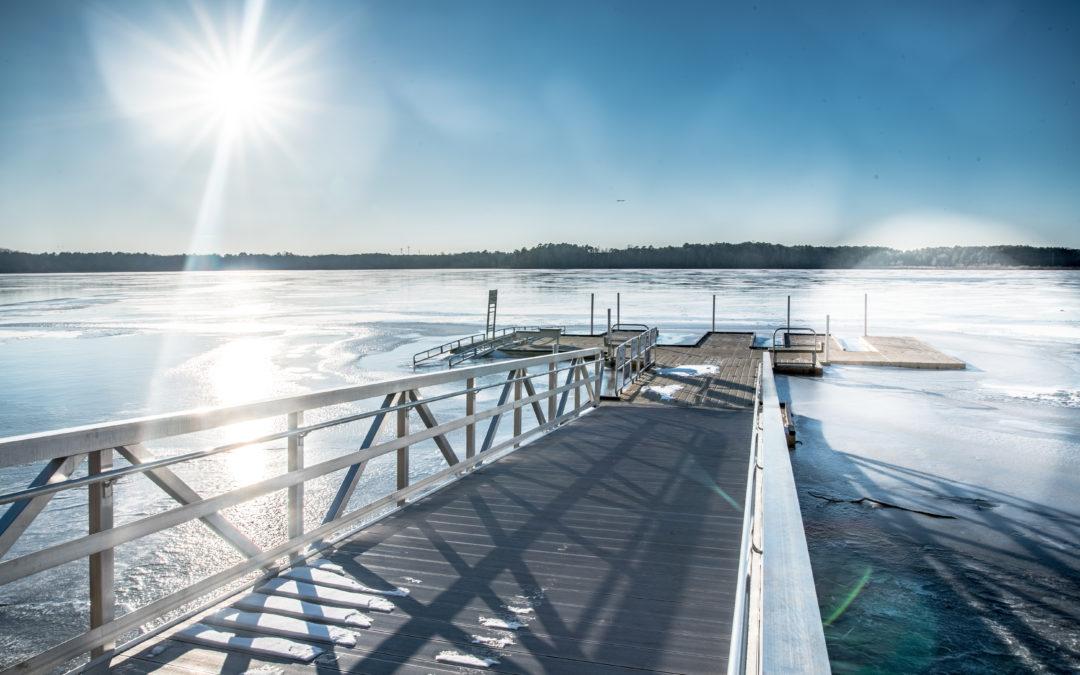 Lake Crabtree (Winter)